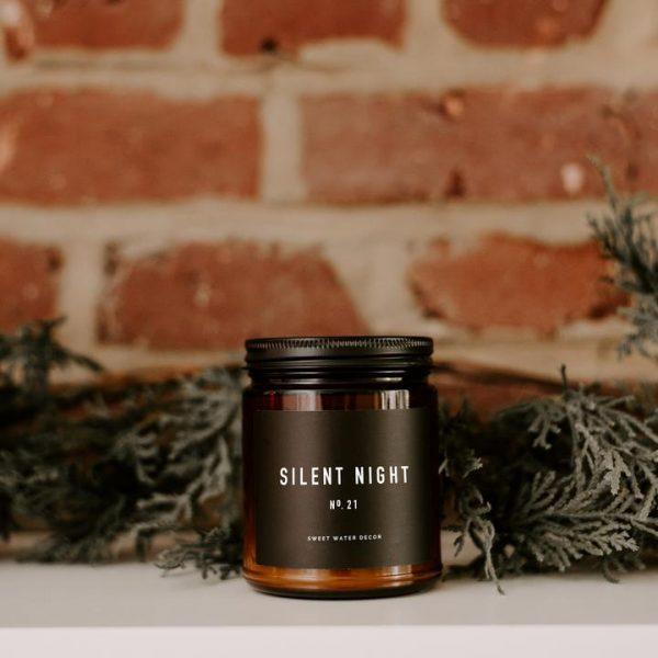 SILENT NIGHT SOY CANDLE | AMBER JAR CANDLE